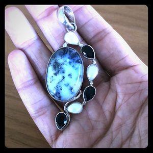 Gemstone pendant in silver